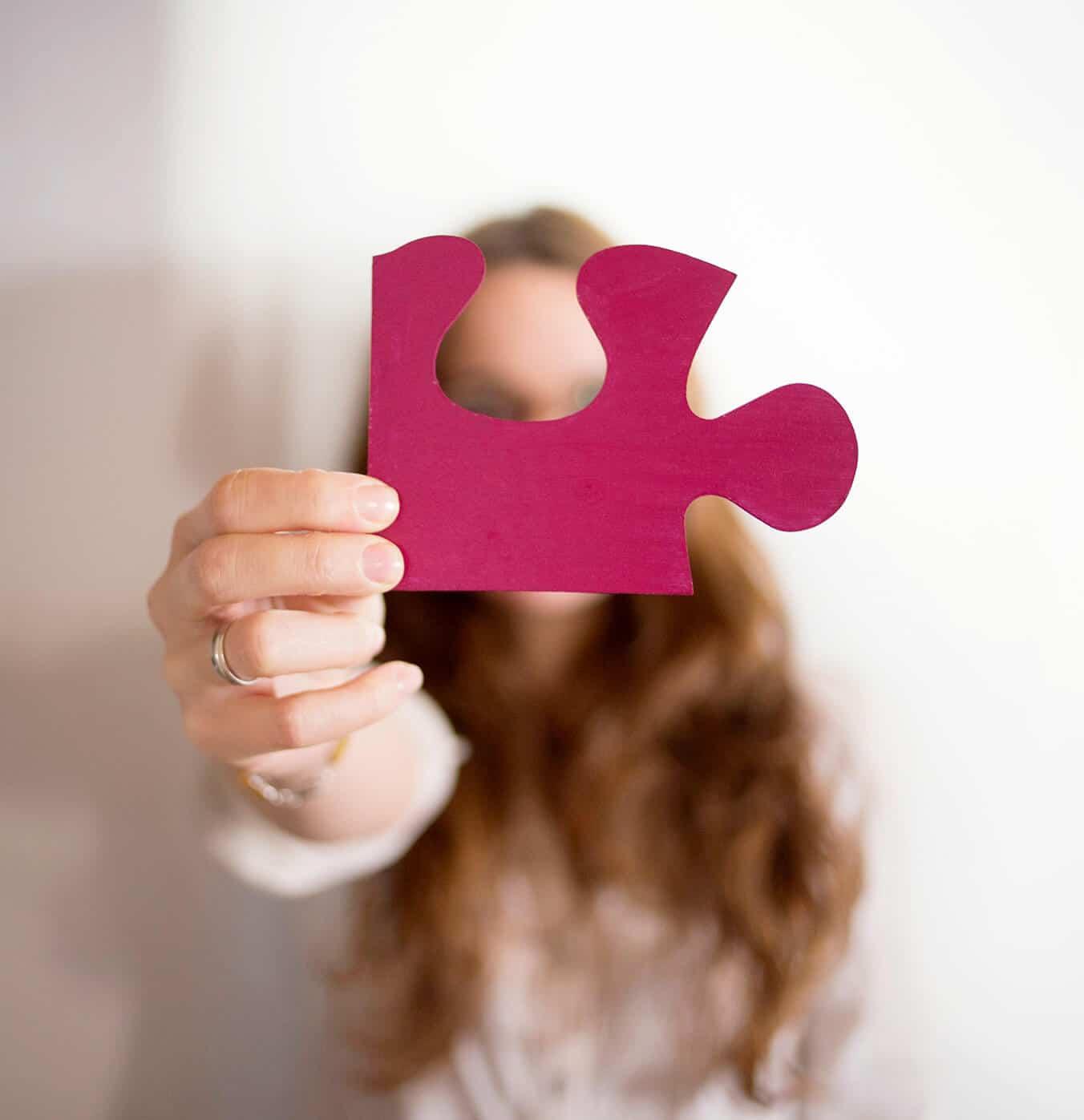 Agueda Felez puzzle rojo
